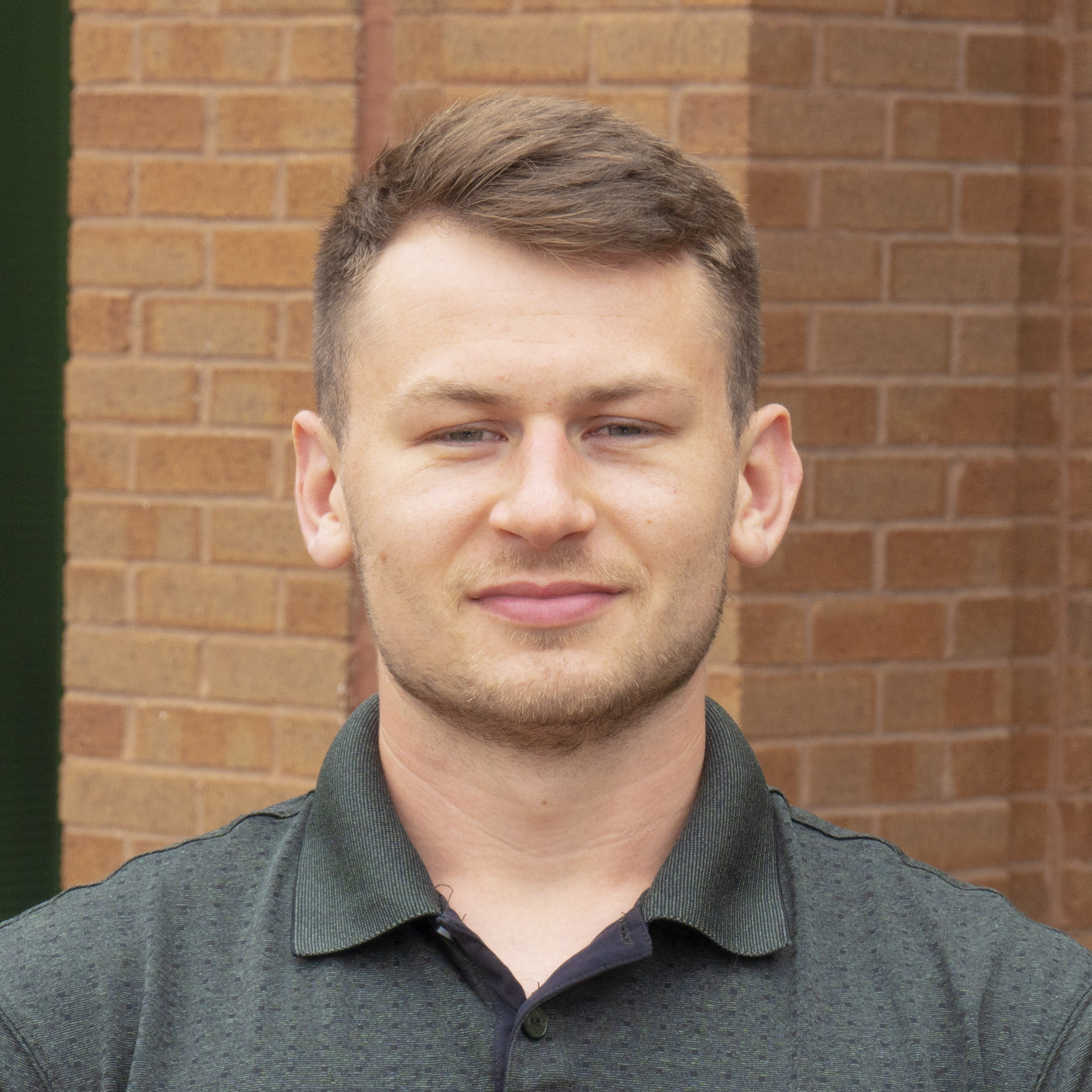 Paul Leoniak - Profile Picture
